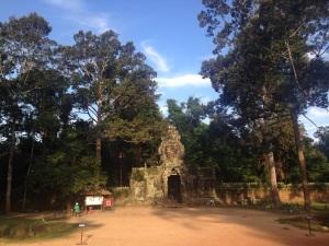 Angkor Wat Marathon 2014 - Far Temple