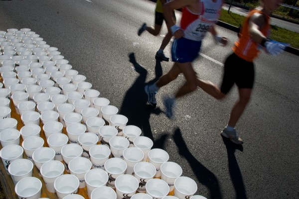 How to Drink Water During a Race